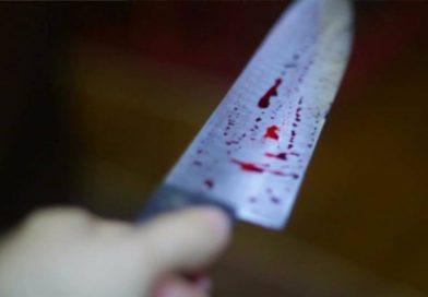 Criminosos invadem residência e matam homem a golpes de faca
