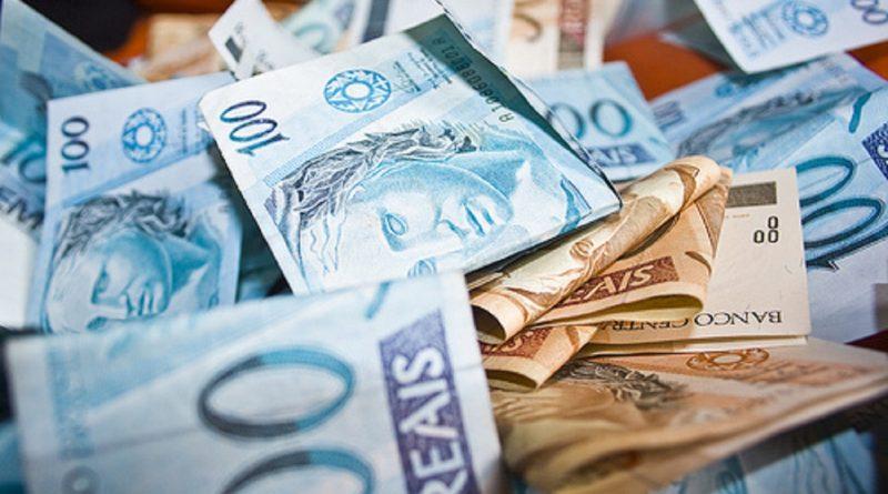 Prefeituras do Acre começam a pagar 13º dos servidores