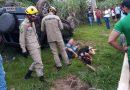 Carro capota após direção quebrar e ocupantes escapam com ferimentos leves em Epitaciolândia