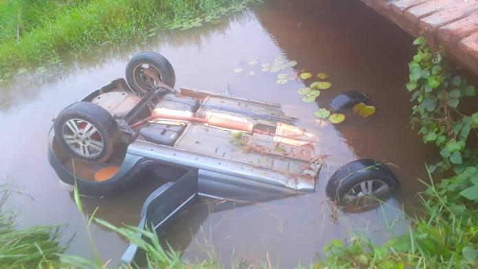 Mototaxista perde a vida após carro cair em igarapé na madrugada e morre afogado