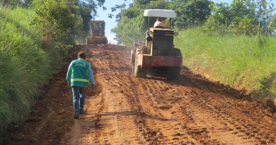 Prefeitura de Brasiléia realiza melhorias no ramal São Pedro do Km 47