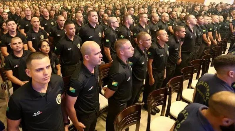 Gladson anuncia a convocação de 201 aprovados no concurso da Polícia Civil
