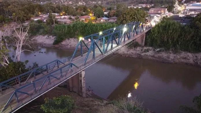 Jovem que teria desaparecido no rio Acre reaparece cerca de 12 horas depois